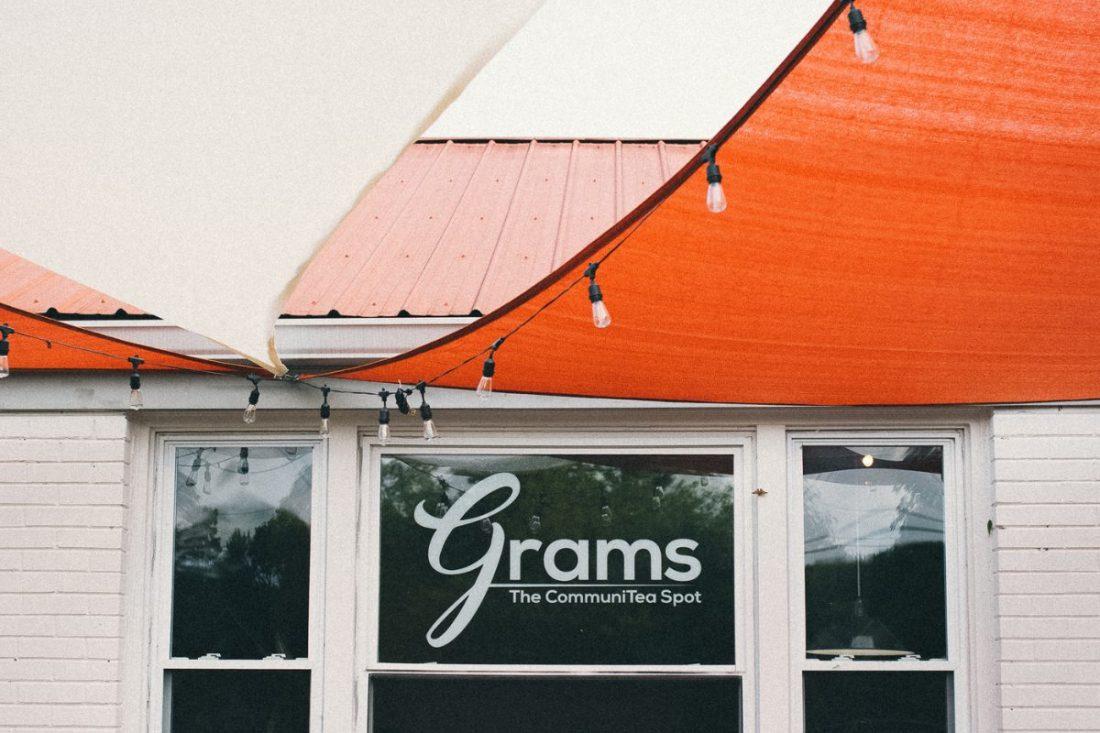 grams-coffee-outside